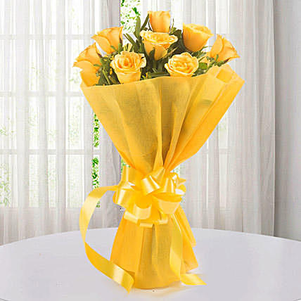 Supportive Yellow Rose Bouquet