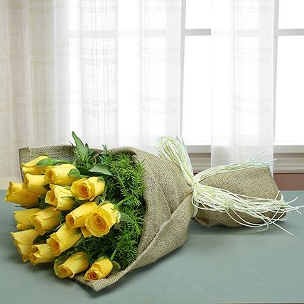 Glamorous Yellow Rose Bouquet