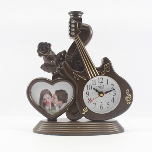 Guitar Shaped Table Clock