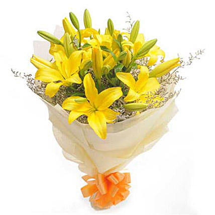 Day Light Yellow Asiatic Lillies Bouquet